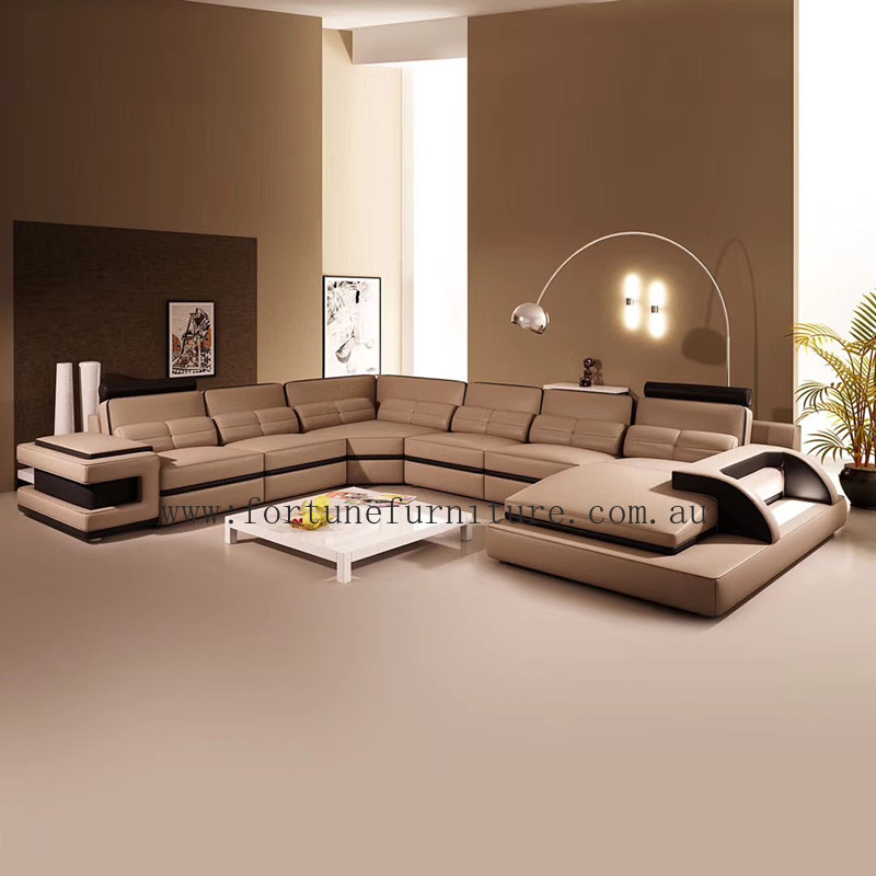 Wustrow Umber Italian Leather Power Reclining Sofa: Fortune Furniture