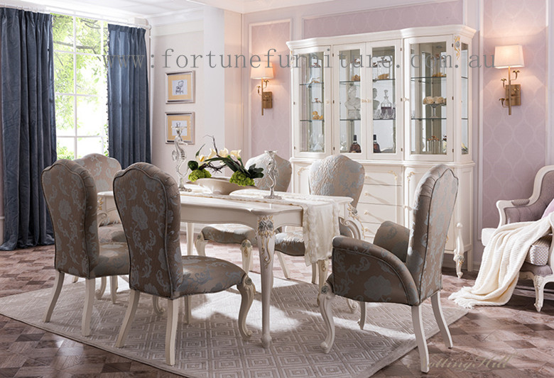 Delano Classical Dining Set