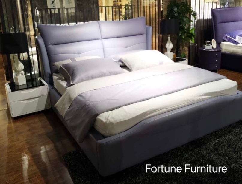 972 leather bed